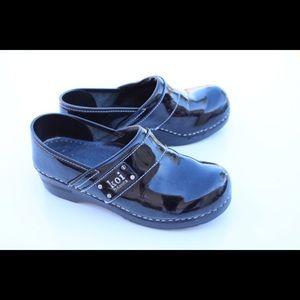 Sanita Shoes - Sanita Koi professional clogs